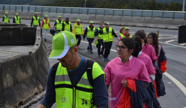 """Alunos do Curso de saúde apoiaram associação """"Eu Peregrino"""", na caminhada a Fátima"""